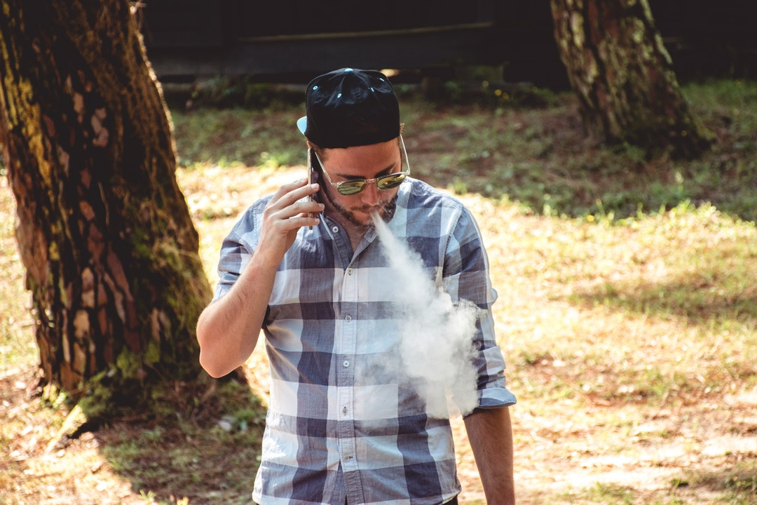 The Tech Behind the Trend: Everything You Need to Know About How a Vape Works