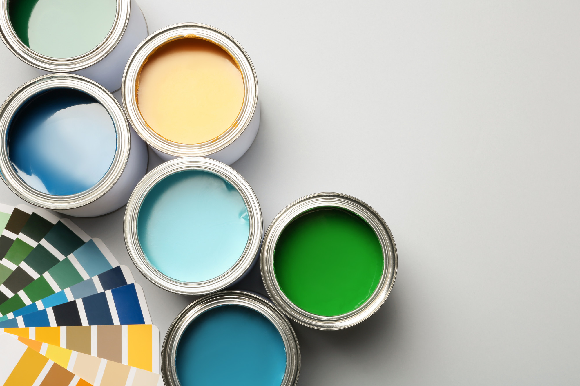 Cohesively Colorful: 5 Different Types of Color Schemes for Your Website