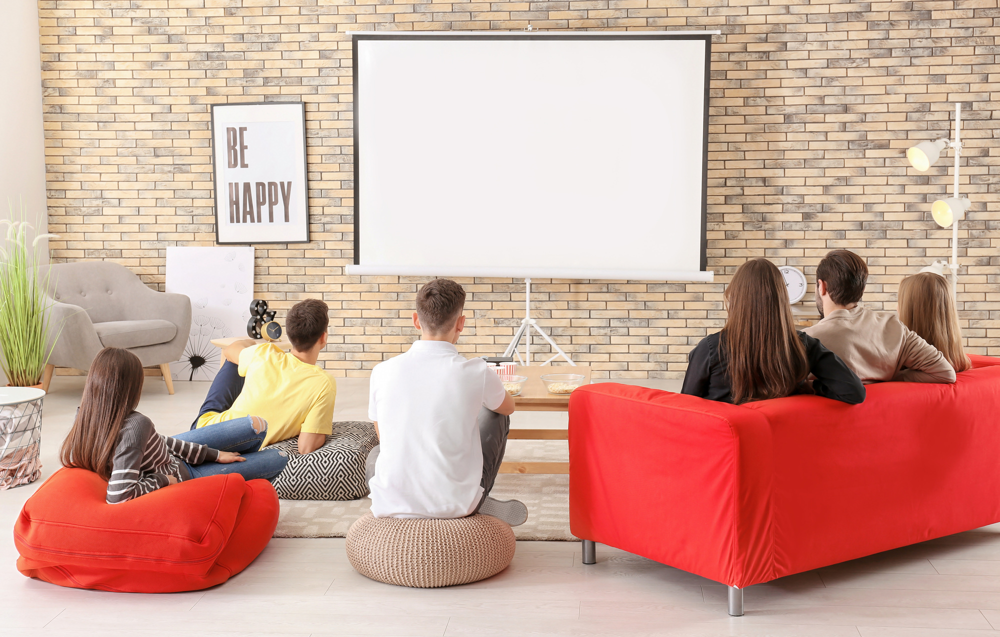 5 Creative Movie Night Ideas for Great Family Time at Home